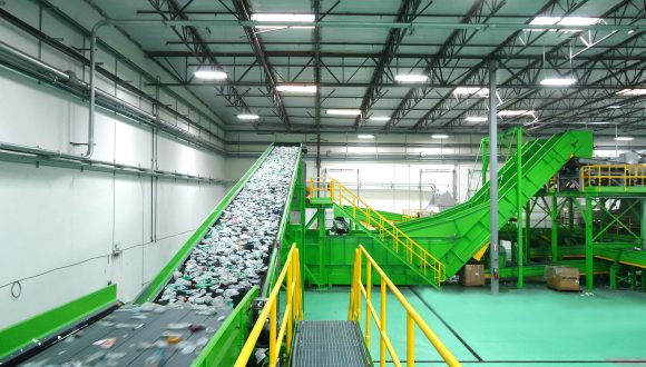 plastic recycling plant belt conveyor