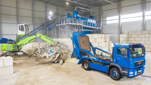 commercial waste sorting facility